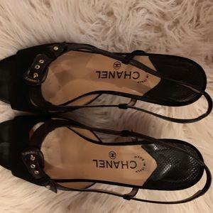 Chanel size 10 black